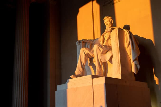 Spring Equinox Sunrise at the Lincoln Memorial
