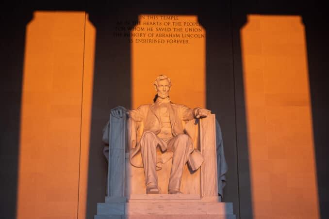 Lincoln Memorial at Solstice Sunrise