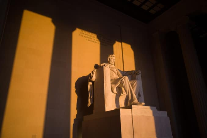 Lincoln Memorial Sunrise