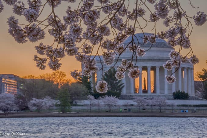 jefferson at sunrise hdr 2 678x452 - Reader Photos 2019 | Part 2